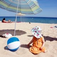En varm strand