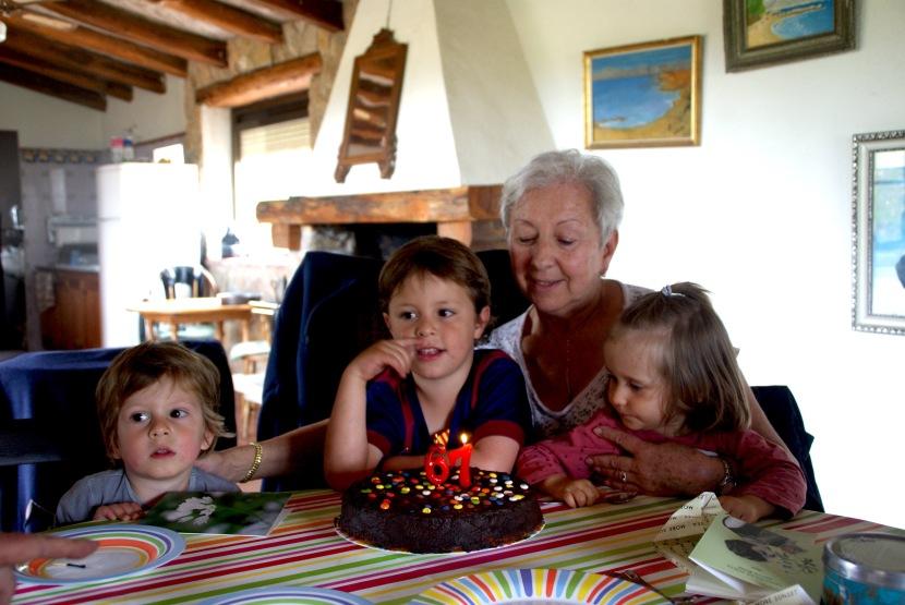 En födelsedag och en helg iviloläge