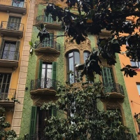 Strandpremiär, tapas och vackra balkonger